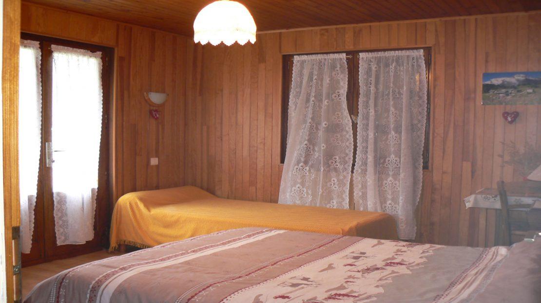 La Clusaz Locations - Chalet le Bouton d'Or - Chambre n°1 - Rdc