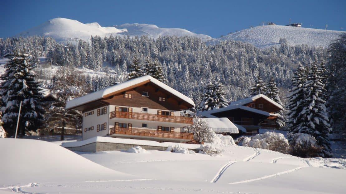 La Clusaz Locations - Chalet le Bouton d'Or - pistes de ski