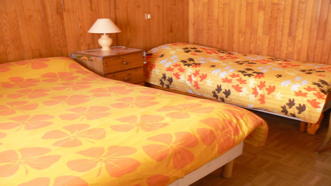 La Clusaz Locations - Chalet Fleurs des Alpes - Chambre n°2