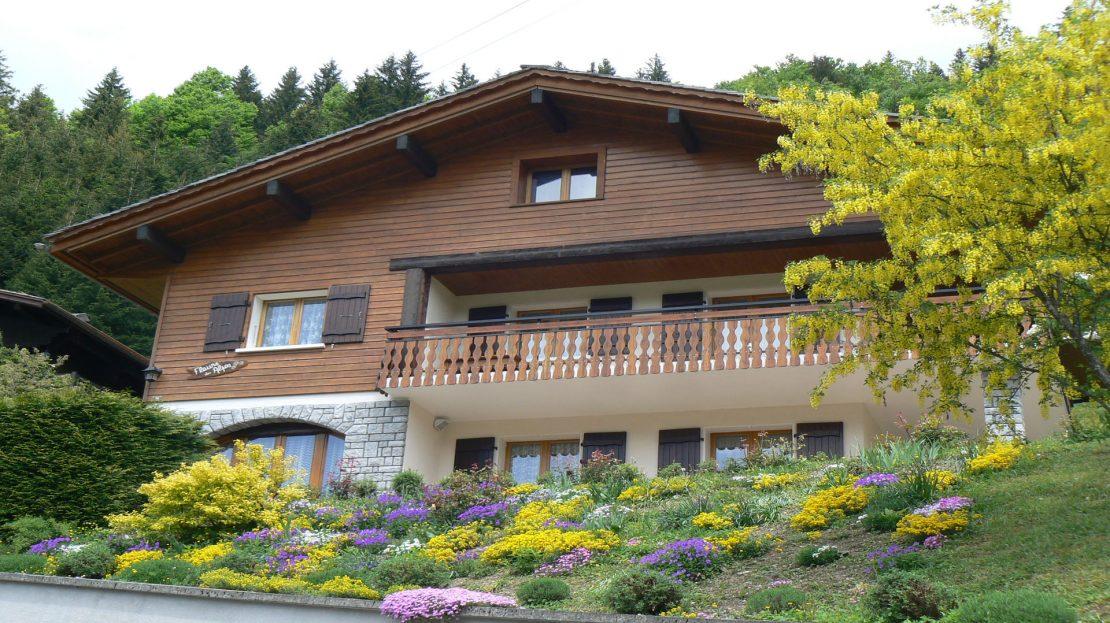 La Clusaz Locations - Chalet Fleurs des Alpes - Eté